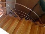 poręcz i balustrada schodowa ze stali nierdzewnej