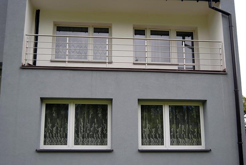stalowe poręcze balkonowe