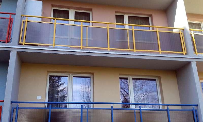 balkon nierdzewka